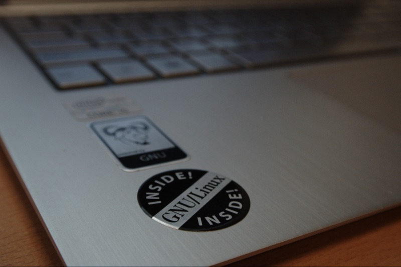 GNU Press now selling GNU/Linux Inside stickers!